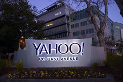 4,8 milliards de dollars, et Verizon enterra Yahoo