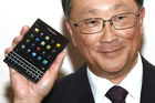 Le BlackBerry Passport n'est pas un iPhone killer, concède John Chen