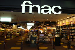 Comment Amazon a permis la fusion Fnac - Darty