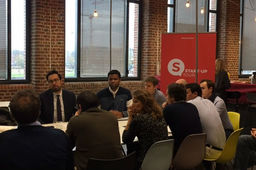 Mounir Mahjoubi à la rencontre des start-up à Lille