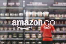 Amazon teste la techno d'Amazon Go sur de plus grandes grandes surfaces... avant un déploiement chez Whole Foods?