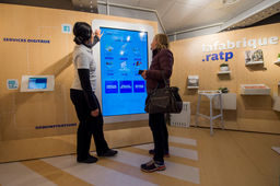 Chatbot Messenger, robot Pepper : la RATP teste de nouvelles interfaces