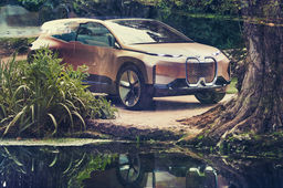 BMW présente Vision iNext, son concept car autonome doté de surfaces interactives et d'un assistant vocal