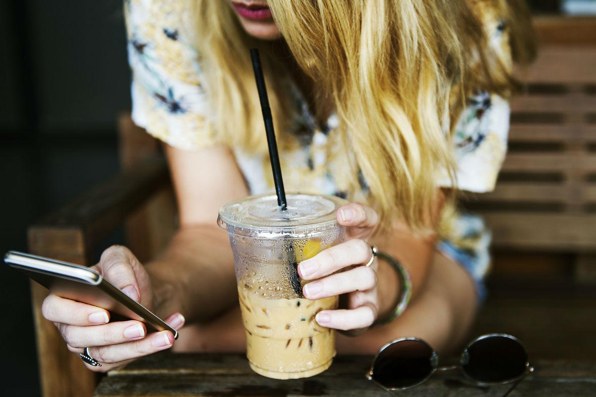 [Baromètre du numérique] 46 % des Français se connectent à Internet avec un smartphone