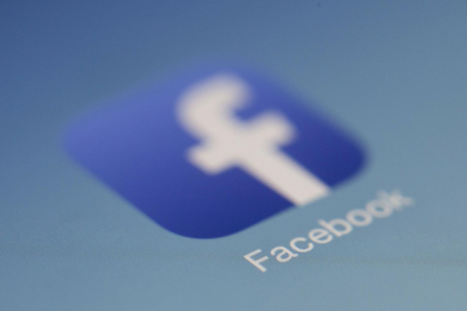 Facebook suspend des dizaines de milliers d'applications pour atteinte à la vie privée de ses utilisateurs