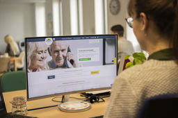 La start-up Papyhappy, qui recense des solutions d'hébergement pour seniors, s'étend en Europe