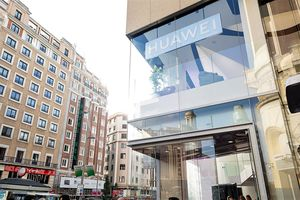 Le flagship Huawei de Madrid en images