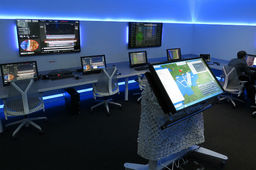 Dans le laboratoire de guerre virtuelle de Thales Air Systems