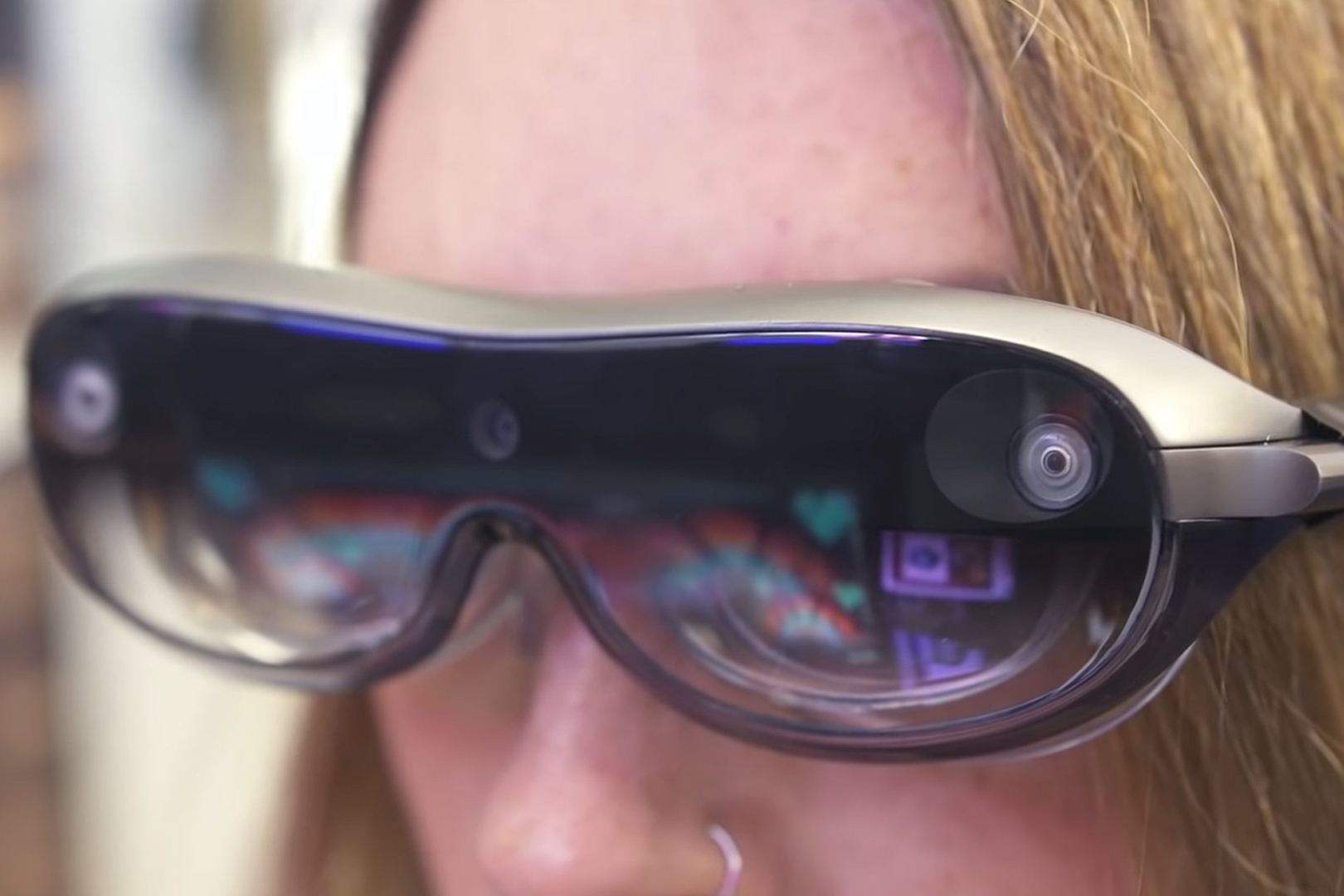Lenovo dévoile des lunettes de réalité augmentée pour PC portable à destination des pros
