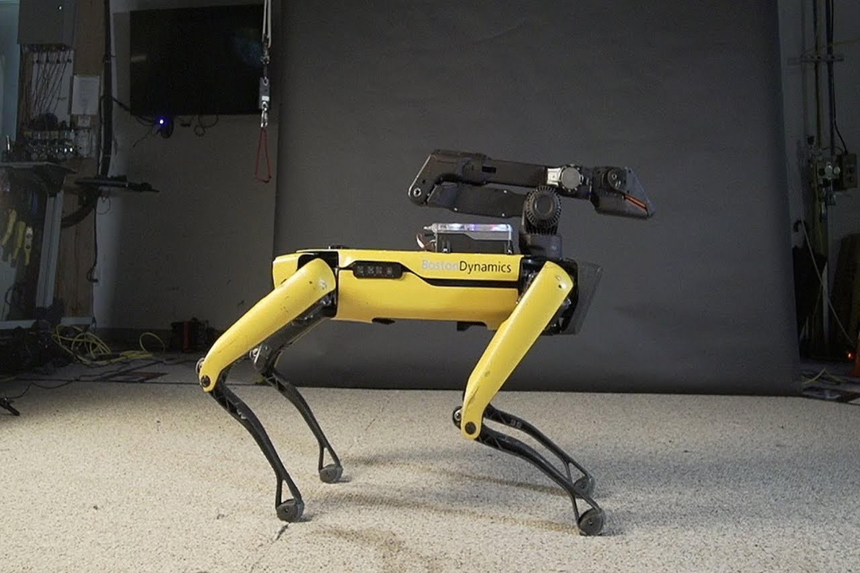 Le robot Spot de Boston Dynamics se rapproche de la production avec la sortie de son SDK
