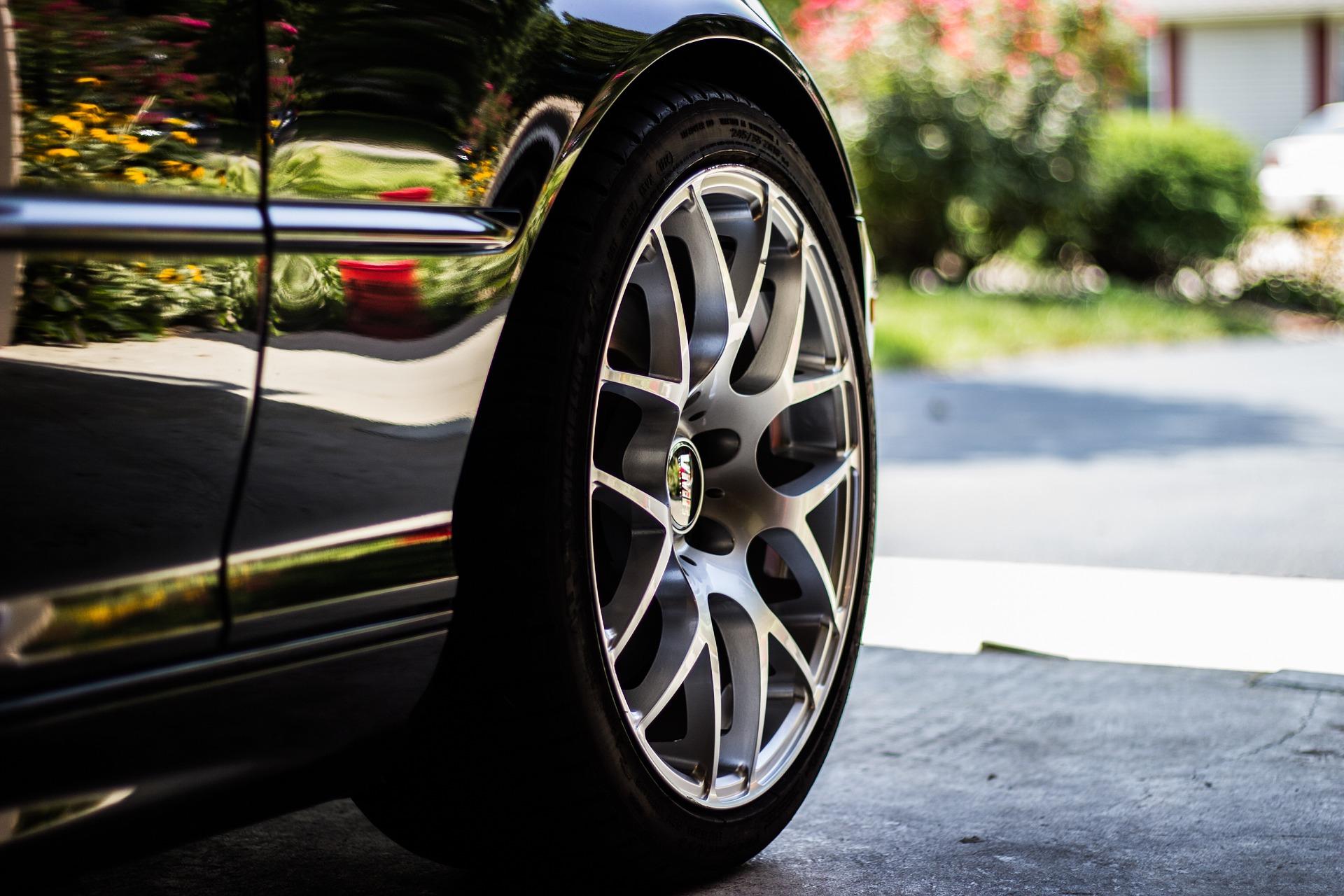Pirelli met au point un pneu connecté en 5G